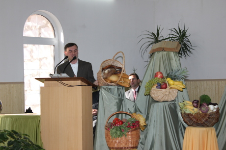 Preaching at another Harvest Day service